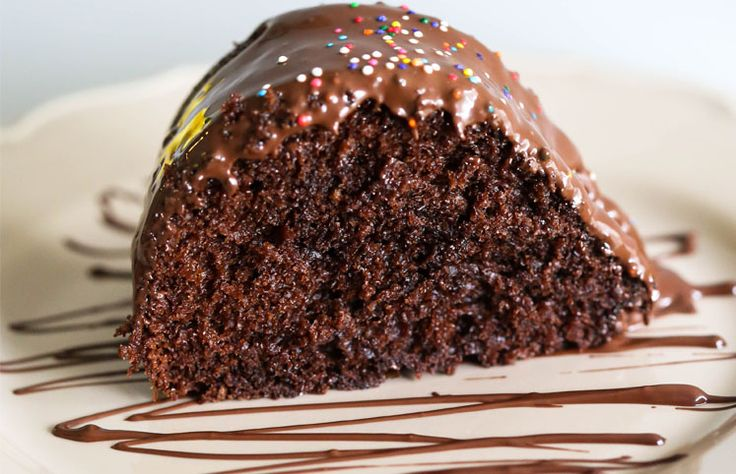 66 receitas de bolo de chocolate incríveis para todos os gostos