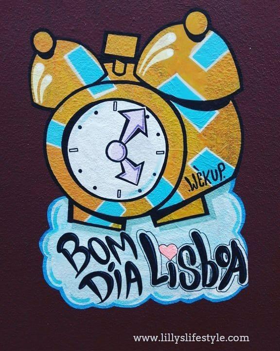Sveglie tardive la domenica a #lisbona  #buongiorno a tutti!!!! #streetart