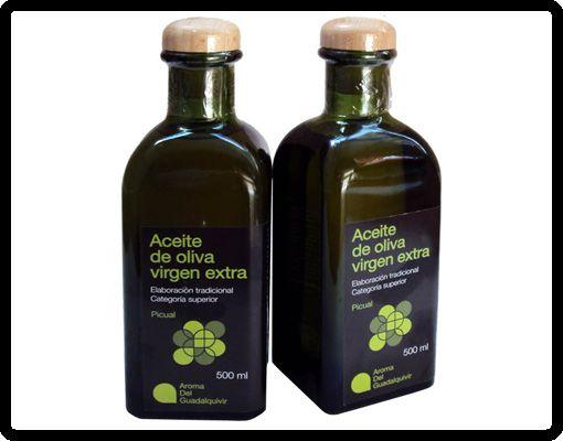 Nuestro aceite de oliva virgen extra, de la variedad picual, ideal para ensaladas, aliños y cocina Gourmet