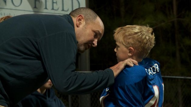 """Doctors won't know for sure whether Kevin Turner's ALS was caused by the hits he took playing football until they examine his body postmortem. That time will come sooner rather than later. former NFL fullback (Patriots; Eagles). """"American Man,"""" by filmmaker Jon Frankel, correspondent for HBO """"Real Sports With Bryant Gumbel.""""    Read more: http://www.mysanantonio.com/life/article/Film-depicts-fullback-s-life-with-ALS-3505846.php#ixzz1t9zgPtty"""