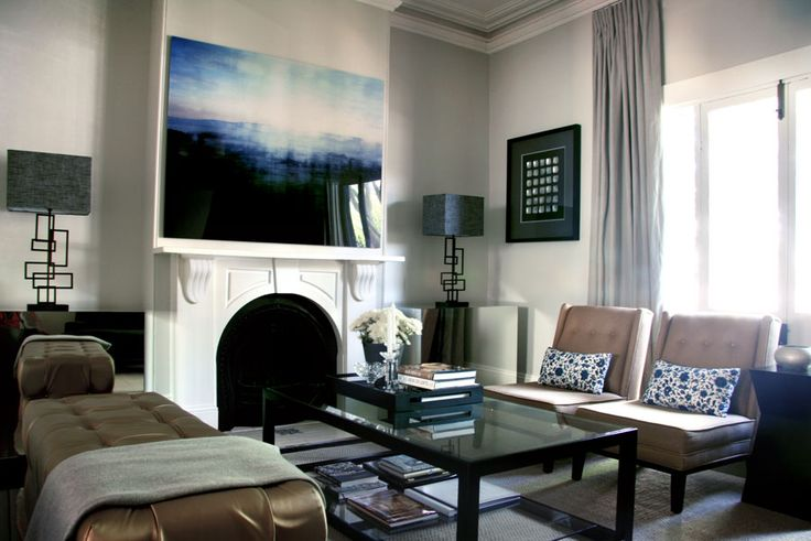 It has that pop of blue that I adore but is, at the same time, also a serene space. Darren Palmer's interiors are gorgeous