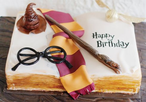 Harry Potter birthday cake (need to see if grandma has a book cake pan. She might be able to make this or something better)
