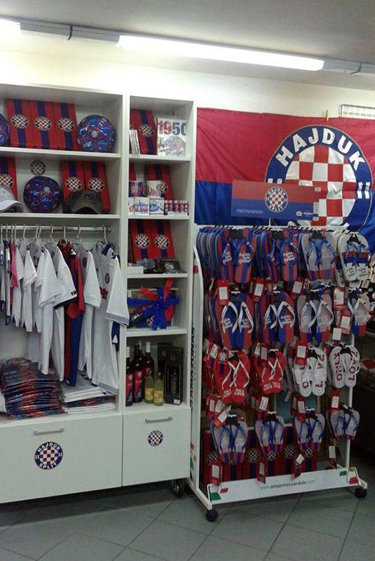 Hajdukovi proizvodi dostupni i u Zadru • HNK Hajduk Split
