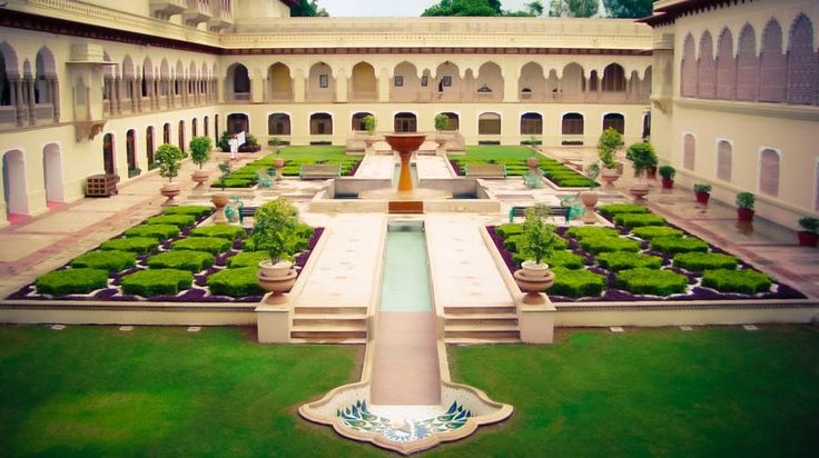 Rambagh Palace, A Taj Hotel - Rambagh Palace, a TAJ Hotel. Réservez en direct sans commission pour Rambagh Palace, A Taj Hotel . Prix moyen en €: 242-242 rambagh.jaipur@tajhotels.com Bhawani Singh Road  Jaipur http://www.tajhotels.com/luxury/grand-palaces-and-iconic-hotels/rambagh-palace-jaipur/overview.html