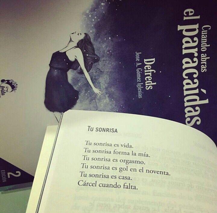 """Versos De Libros: Tu Sonrisa (Del Libro """"Cuando Abras El Paracaídas"""