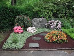 Bildergebnis für grabbepflanzung pflegeleicht beispiele