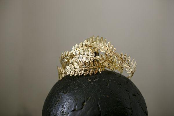 Grecian style headpiece. Greek goddess wedding in Santorini