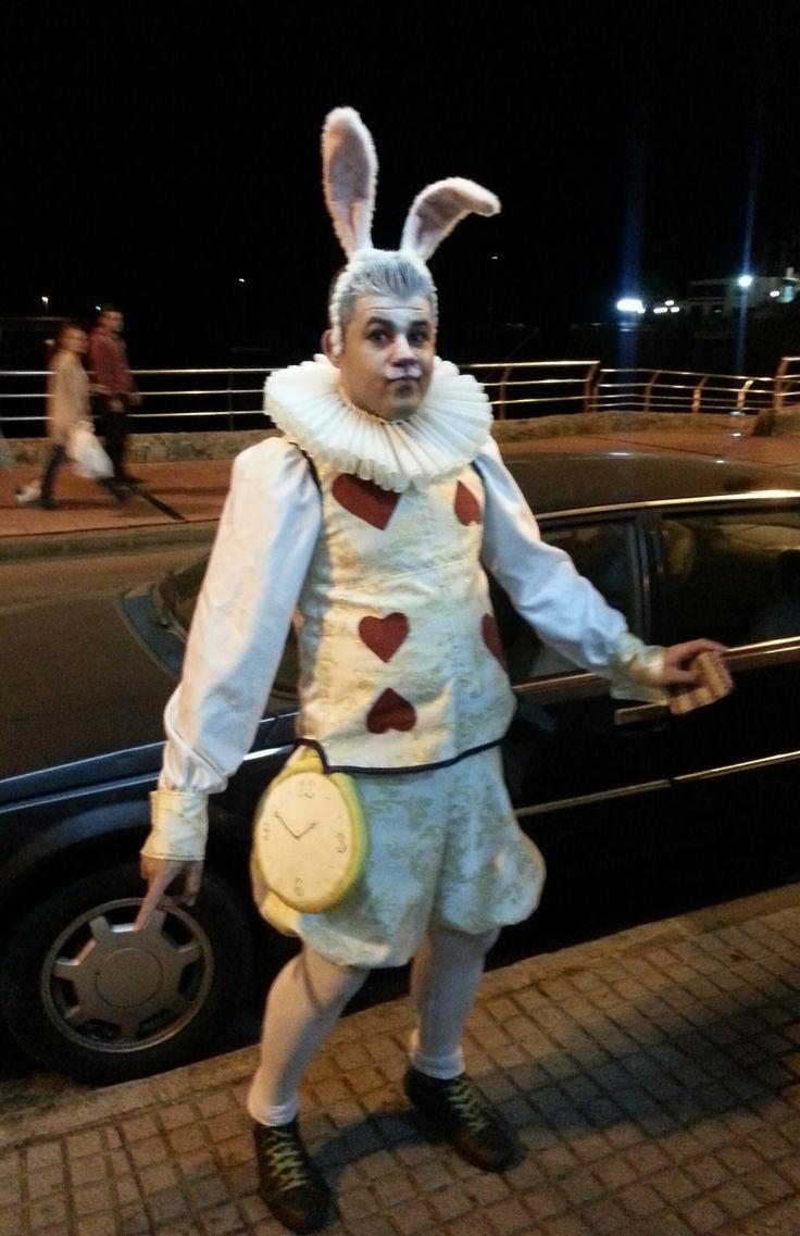 Disfraz del conejo blanco de alicia en el pa s de las maravillas my style pinterest - Conejo de alicia en el pais de las maravillas ...