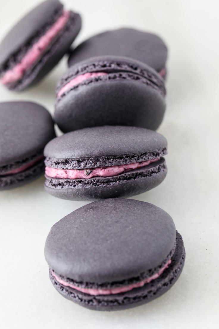 Blueberry Buttercream Macarons | Southern FATTY