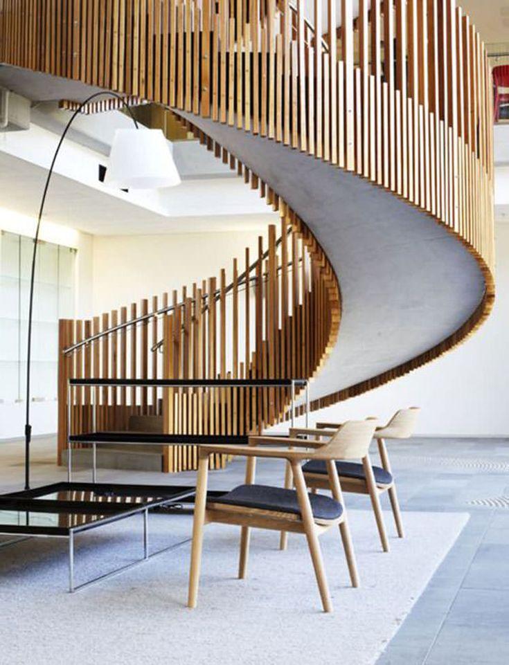 Corrimano e ringhiere per scale internedal design moderno n. 10