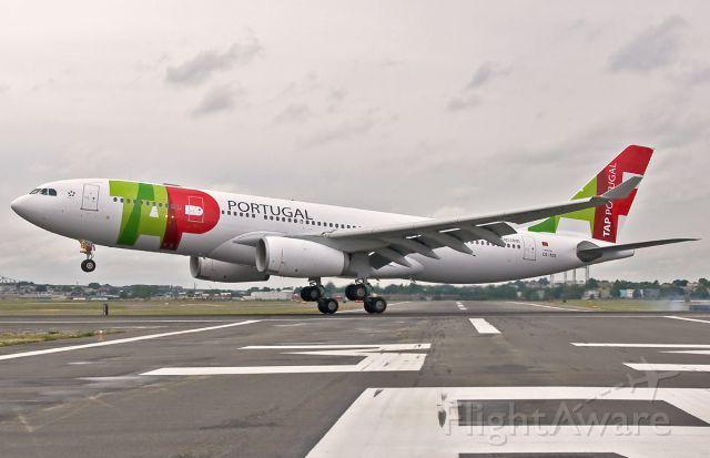 TAP - Air Portugal Touchdown @ KBOS Logan 22L