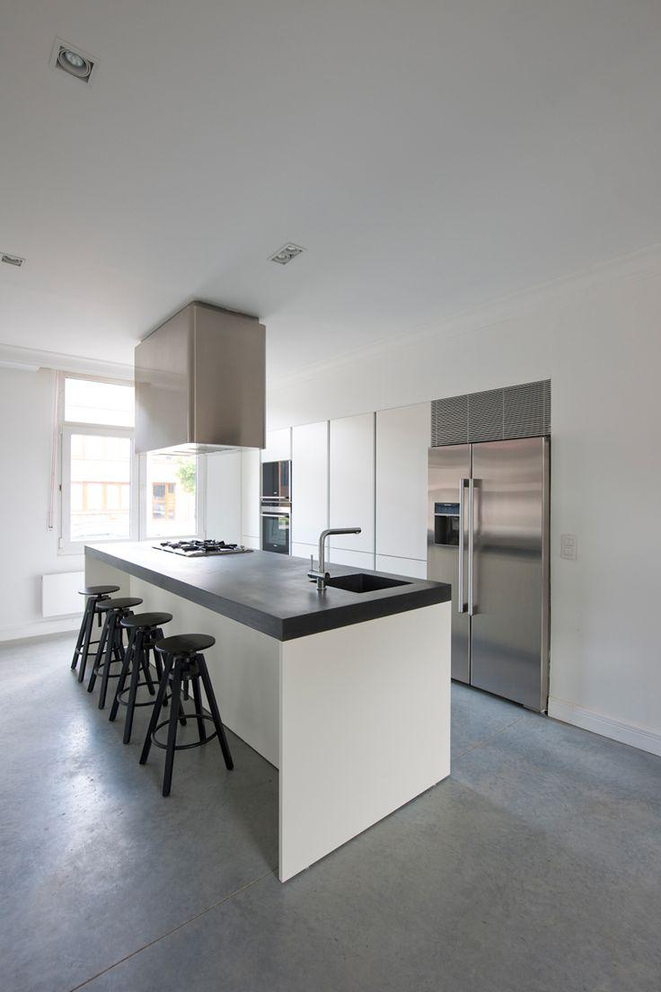 Creatieve keuken met industri le accenten betonnen for Interieur maddens