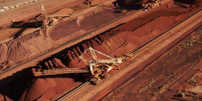 BHP Profit Falls but Dividend Rises Amid Rising Commodity Prices