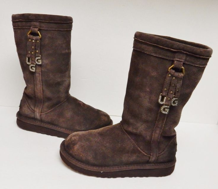 UGG Australia Big Kids Bailey Letter Charms Sheepskin Boots Brown US Size 2 #UGGAustralia #Boots #Alloccasion