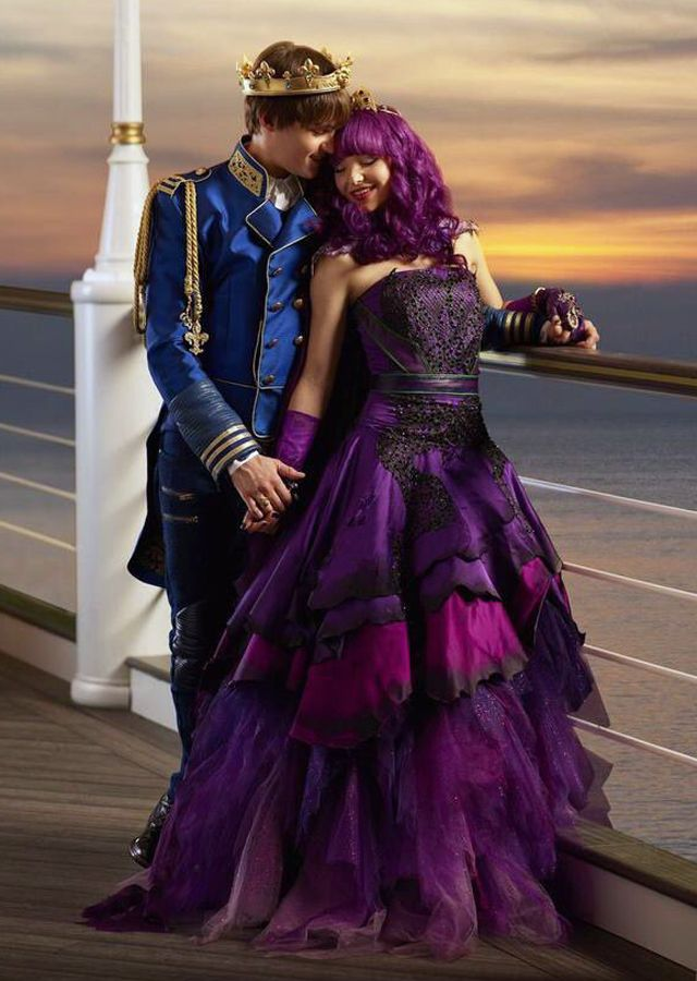disney's descendants 2 movie - 640×900