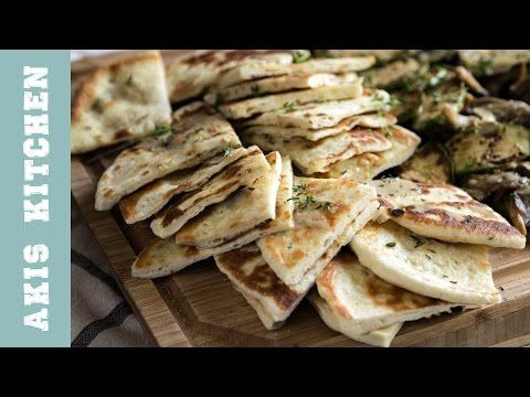 Greek Pita Bread | Akis Petretzikis