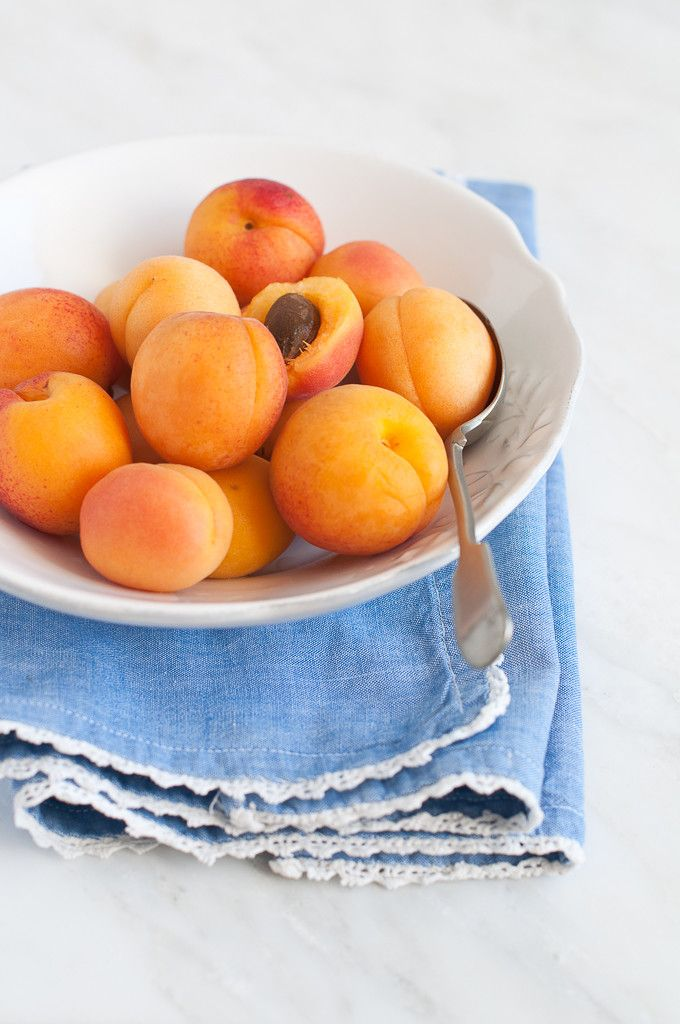 Baked apricots enveloped by a creamy custardy base infused with sweet muscat wine. A delightful summer dessert that makes the most of stone fruit season.