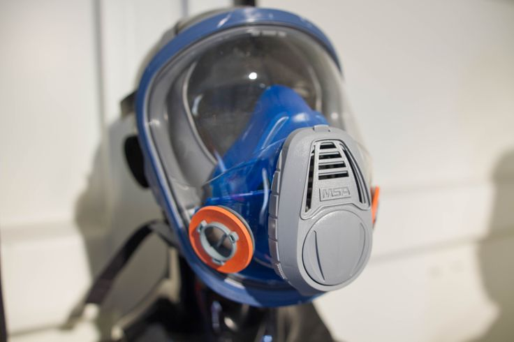 MSA Full-Face Single Respirator Mask  provides both protection and unparalleled comfort. Applications include: Asbestos Abatement Painting Public Events Sanding & Grinding Search & Rescue Welding