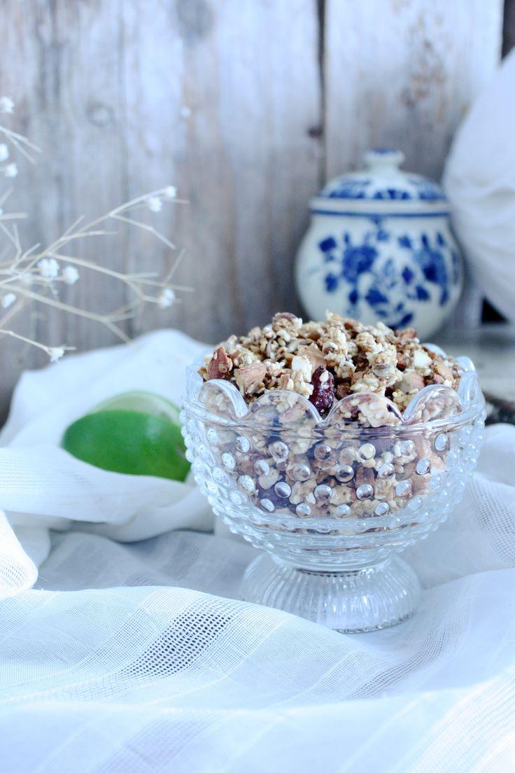Granola for breakfast <3 #food #love #interior #healthy #recipes #waffles #interiordesign #breakfast #lunch #cooking