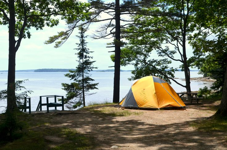 Ocean Front Camping at Recompence Shore Campground in Freeport, Maine