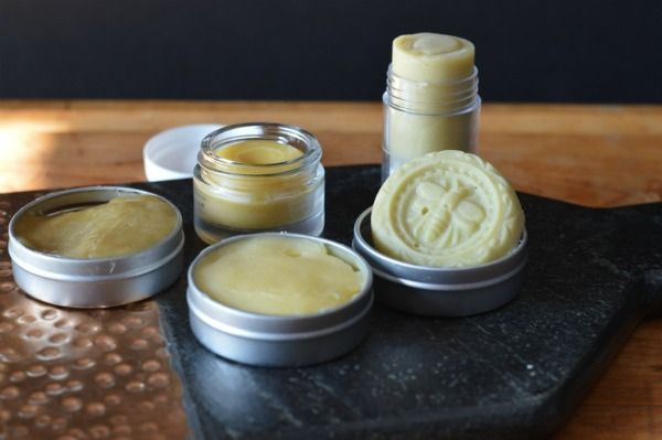 Make 5 healing salves in one afternoon with the weeds from your garden to treat bug bites, chapped skin, sunburn, sore muscles, and bruises.