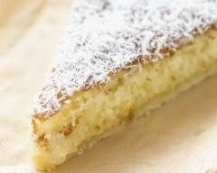Tarte noix de coco : http://www.cuisineaz.com/recettes/tarte-noix-de-coco-38646.aspx