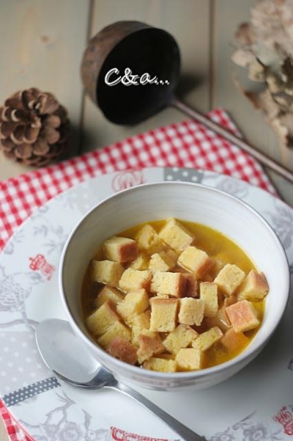 Cucinando e assaggiando...: La Zuppa Imperiale