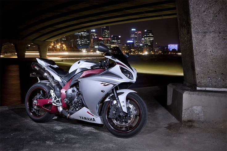 Yamaha R1 2009: the pinnacle of sport bikes. It's cross plane crank shaft engine generates one of the most amazing mechanical noises on earth.
