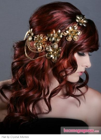 Channel your fondness for fairy-tale looks with this loose wavy red hair style with headband. Inject refinement into your do with a glittery glam accessory.