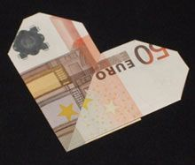 die besten 17 ideen zu geldscheine falten herz auf pinterest herz aus geld falten geldschein. Black Bedroom Furniture Sets. Home Design Ideas