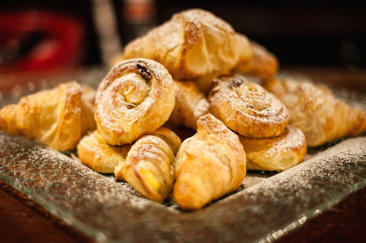 """#Milano, Caffè Baglioni del Carlton Hotel Baglioni di Milano: dalle 7 alle 11, ti aspetta #Breakfast4you, il buffet con il  menu à la carte declinato in quattro percorsi gastronomici: """"Tradizione"""", """"Identità"""", """"2.0″, """"Benessere"""". #colazione #LessIsSexy #bonheur #Expo2015"""