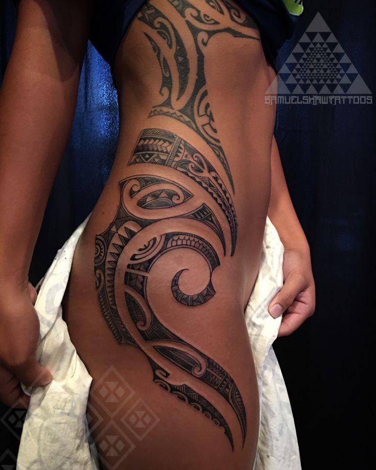 Feminine, delicate , and flowing south Seas style tattooing by Samuel Shaw, Kulture Tattoo Kollective. Kauai, Hawaii