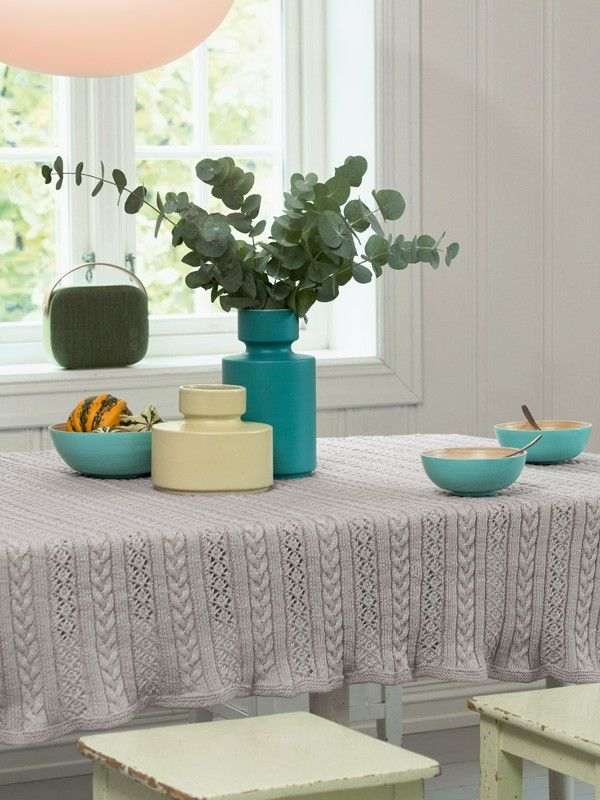 """Snoing"" bordteppe eller pledd 