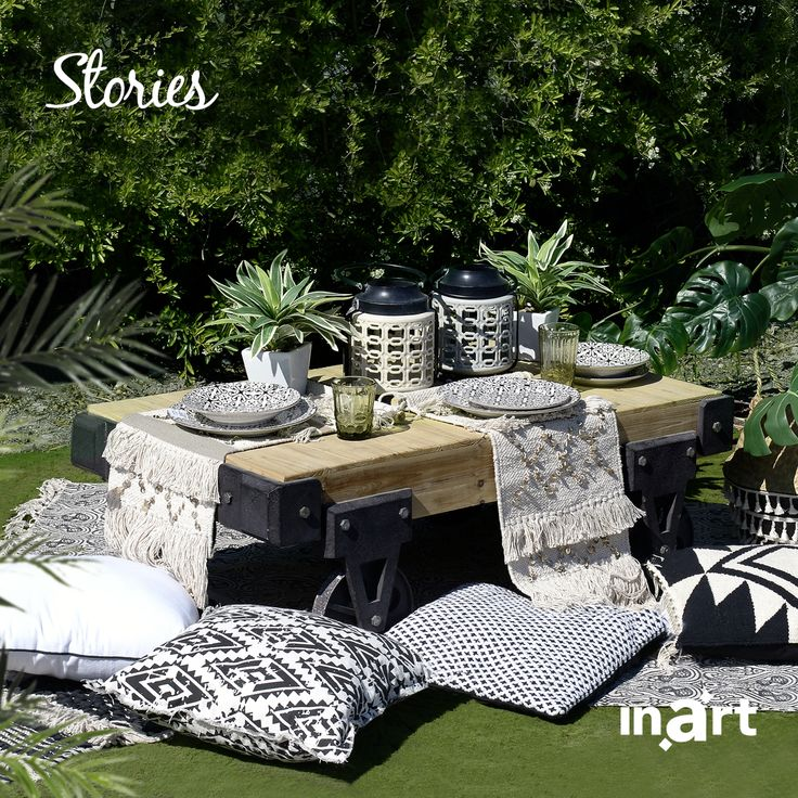 The family picnics we used to enjoy as children gets a modern upgrade from inarts' designers in order to suit our urban chic esthetics. Ready to go grab a bite? #inartstories