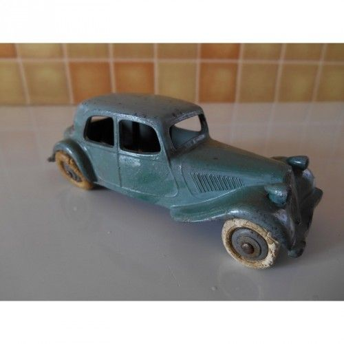 "Citroen Traction 11 BL ""Dinky toys"""