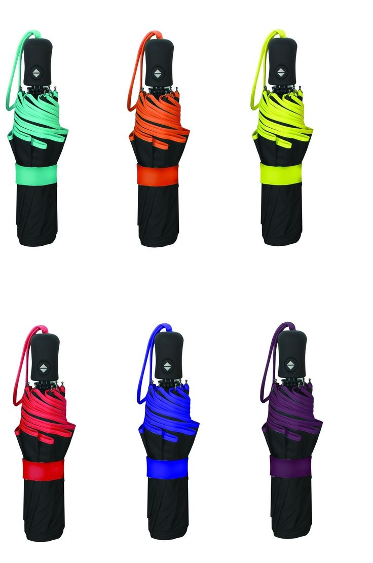 Gli ombrelli della linea SMATI sono speciali perché portano allegria nelle giornate di pioggia! Con una pratica impugnatura in gomma, resistenti al vento, con asticelle in acciaio e fibra, si propongono in vari formati e fantasie... ma non solo, perché alcuni di loro cambiano colore a contatto con l'acqua! #ombrelli #umbrella #design #fashion #musthave #rain #transparent #SmartBulle