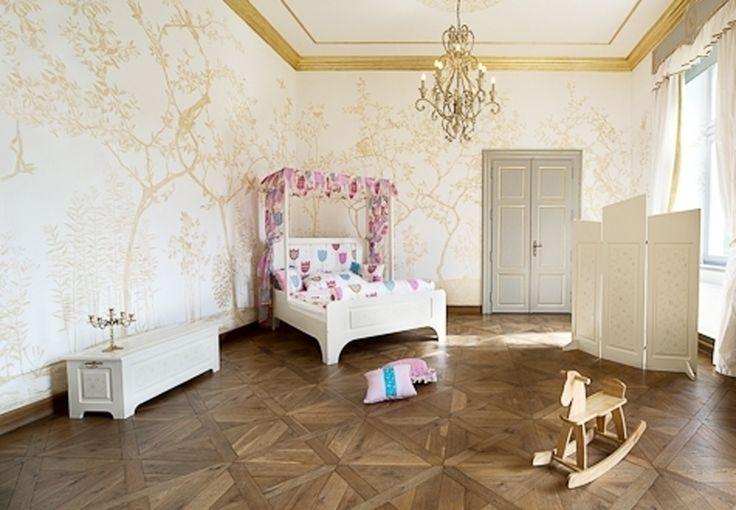 Comtess - nábytek DEVOTO - Designový dětský pokoj pro princezny s nebeskou postelí.