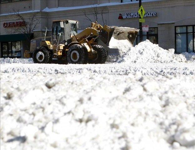 Chicago podría llegar a 70 pulgadas de nieve acumulada tras nueva tormenta
