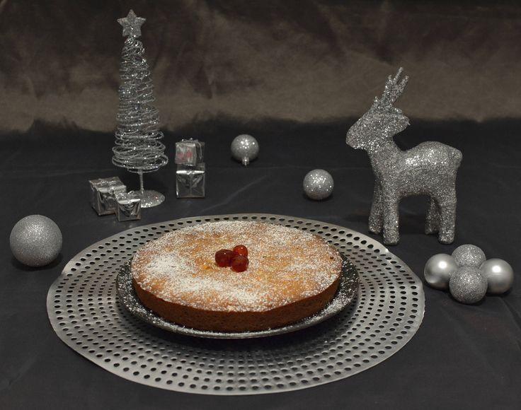 Rich Plum Cake - SpicyTamarind