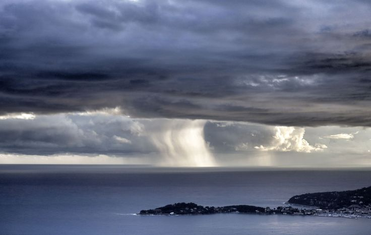Weather pictures of the month: November 2014 NICE, FRANCE A waterspout forms on the horizon off the Mediterranean coastal city of Nice.