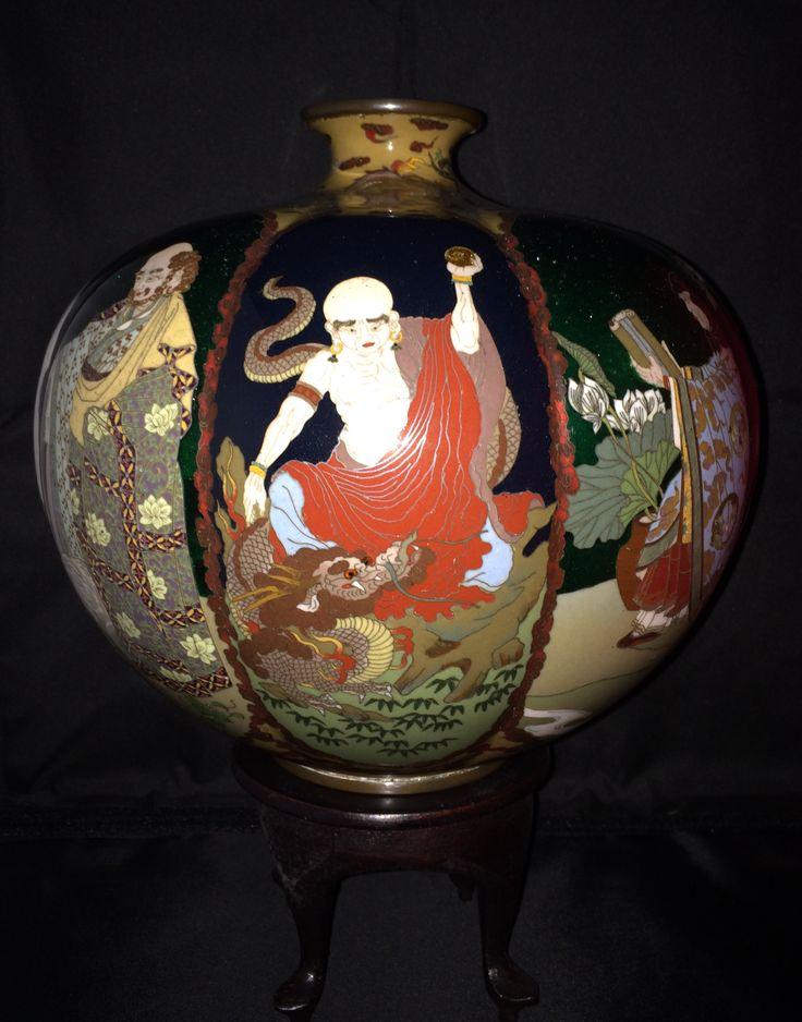 Spectacular Japanese cloisonné vase by Namikawa Sosuke circa 1895 - one of a pair.