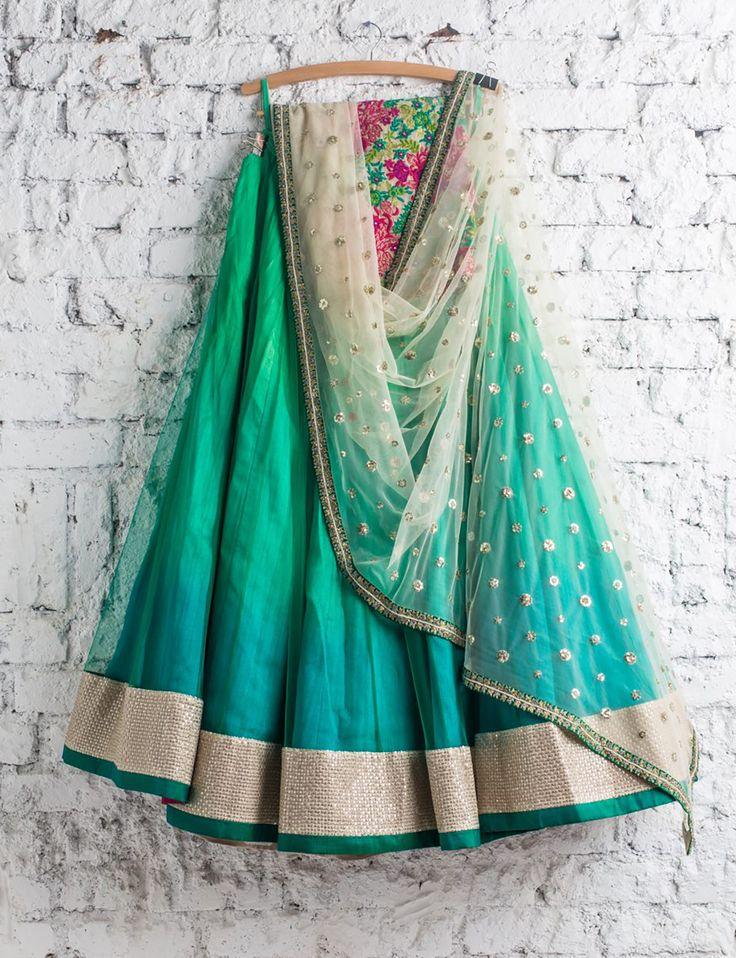 Swati Manish - Ombre Lehengha <3