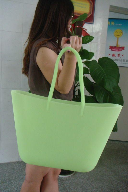 my favorite  beach bag  http://www.chinasiliconebag.com/