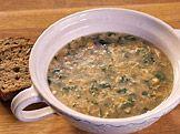 Jarní bylinková polévka — Recepty — Kouzelné bylinky — Česká televize