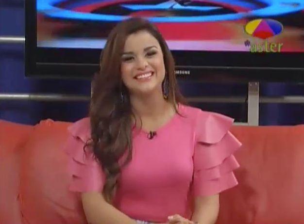 Clarissa Molina, Finalista De Nuestra Belleza Latina, Entrevistada En Los Dueños Del Circo #Video