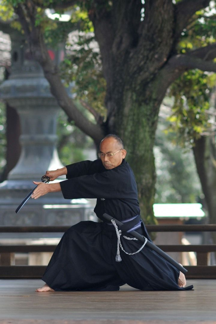 "Iaido – Yasukuni Shrine. The art of war. Sun Tzu said: ""Heaven signifies night and day, cold and heat, times and seasons."""