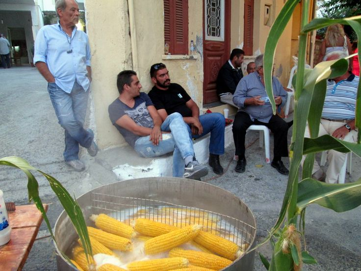 Cretan 'parea' and some local corn