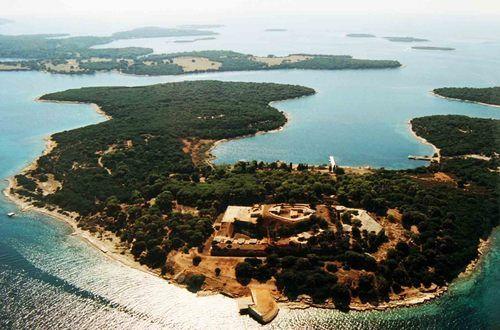 Go to Croatian Archipelago