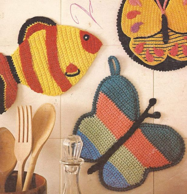 Vintage crochet kitchen potholder, hot pad diagram, chart patterns. Free.
