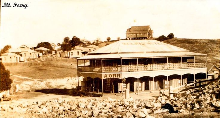 A Orr Hotel, Mt Perry (Railway Hotel painted on roof)
